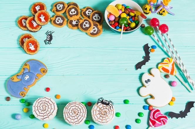 Sabrosas galletas diferentes, pan de jengibre, piruletas y dulces