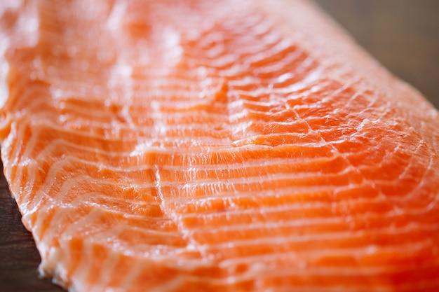 Salmón pescado