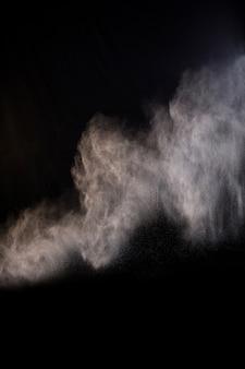 Salpicando de polvo de polvo