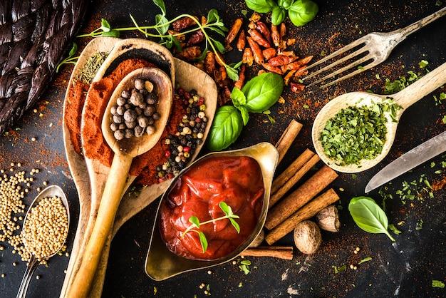Salsa de tomate con especias