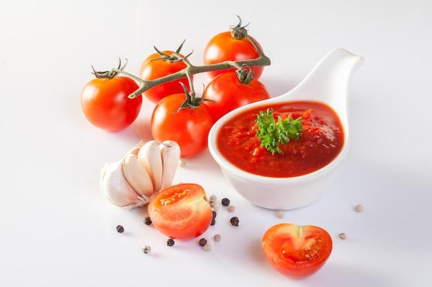 Salsa de tomate, gaspacho, ketchup
