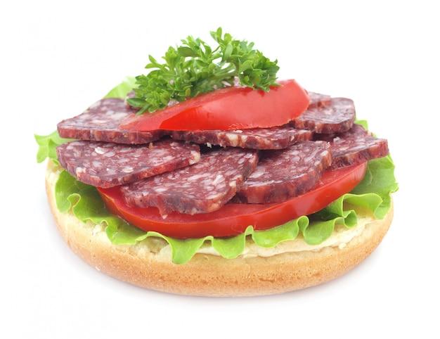 Sandwich aislado en blanco