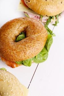 Sándwich de bagel
