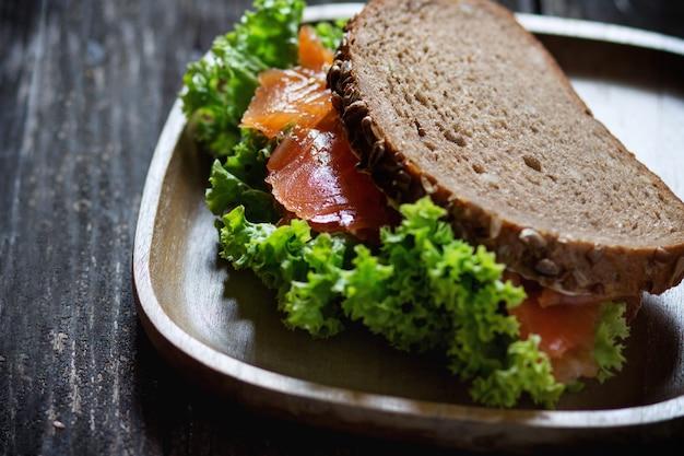 Sandwich con mariscos
