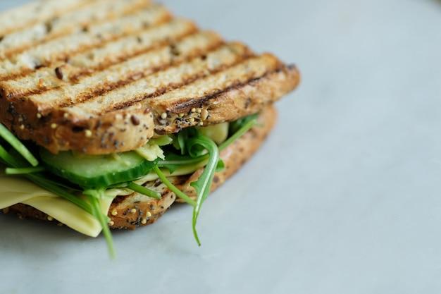 Sandwiches de desayuno a bordo