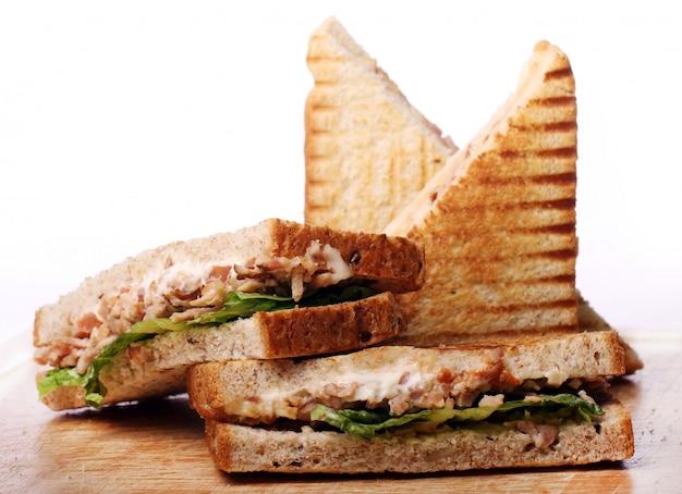 Sandwiches frescos y sabrosos