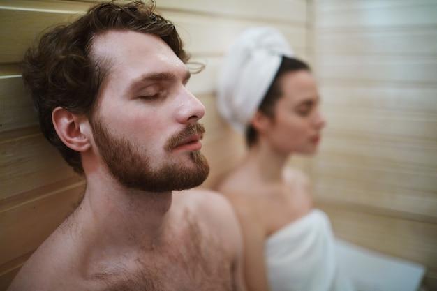 Sauna relajarse