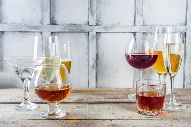 Selección de diferentes bebidas alcohólicas.