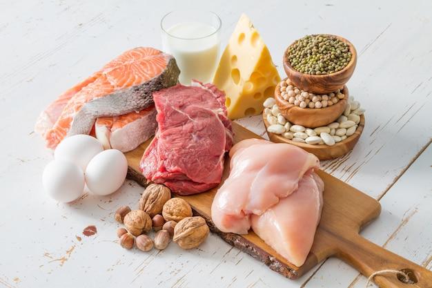 Selección de fuentes de proteínas en cocina.