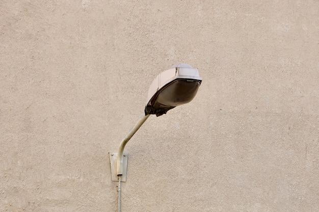 Semáforo en la ciudad de bilbao españa