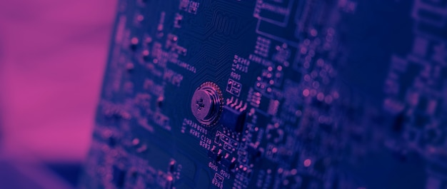 Semiconductor. chip de cpu ubicado en la placa base verde de la computadora. placa de circuito de placa base semiconductora. tablero de computadora de alta tecnología con tecnología de chip pcb de fabricación. chip iot de teléfono inteligente.