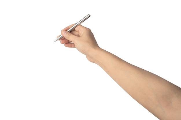Señora asiática mujer hermosa mano sosteniendo lápiz de color plateado aislado sobre fondo blanco.