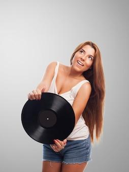 Señora cantan disco feliz hermosa