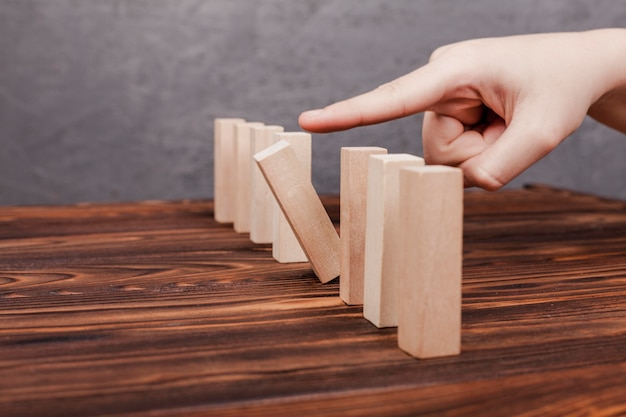Ser diferente concepto de piezas de madera