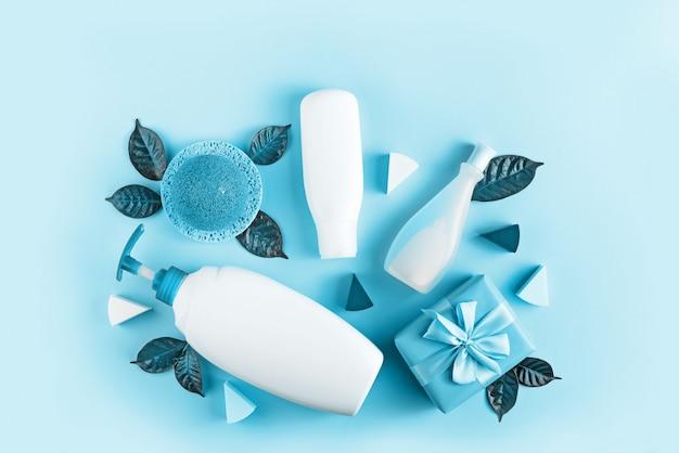 Set de cosmética para el cuerpo, imagen en tonos azules.