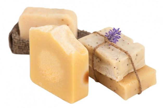 Set de jabón de miel natural hecho en casa.