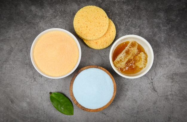 Set productos cuidado corporal natural dermatología herbaria cosmética higiénica para belleza tratamiento para el cuidado de la piel higiene personal objetos exfoliantes