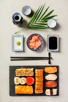 Set de sushi plano