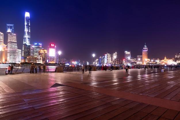 Shanghai lujiazui arquitectura y nightscape urbano