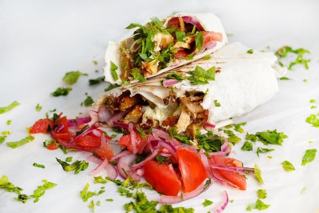 Shawarma de pollo fresco