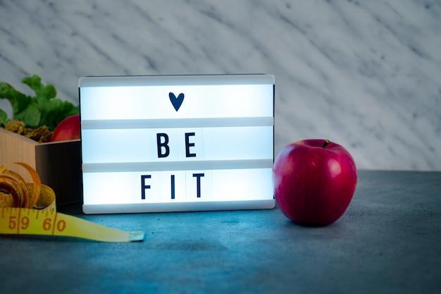 Shiny love be fit inscripción a bordo con manzana