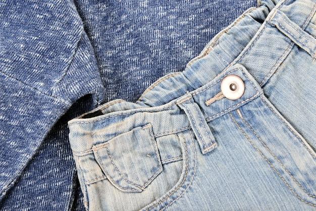 Shorts de mezclilla azul con jersey