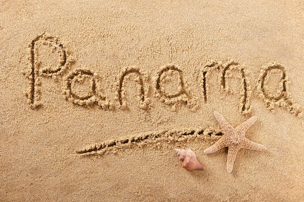 Signo de arena de playa de panamá