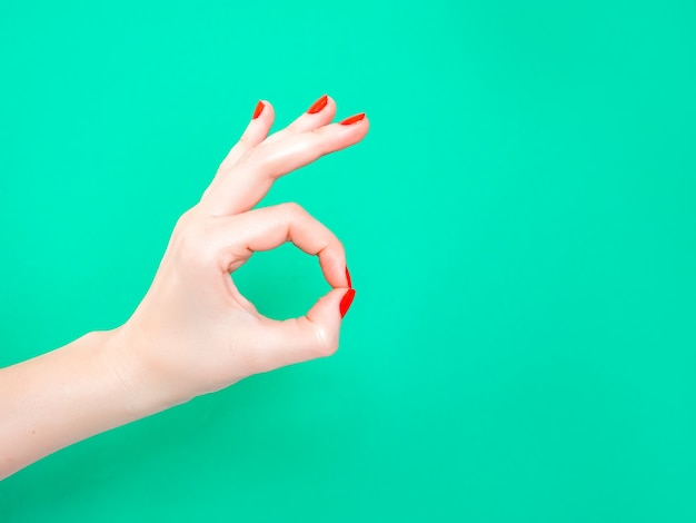 El signo de la mano ok