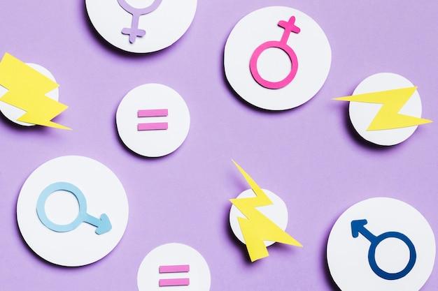Signos y truenos de género femenino y masculino en burbujas