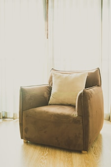 Silla de tapicería blanca sala de sofá
