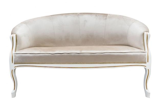 Sillón de estilo clásico sofá sofá canape tallado de madera tapizada con tela beige aislada