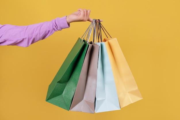 Simulacros de bolsas de la compra, cuatro colores en amarillo.