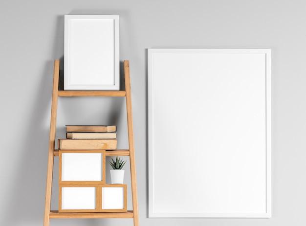 Simulacros de marcos en el estante