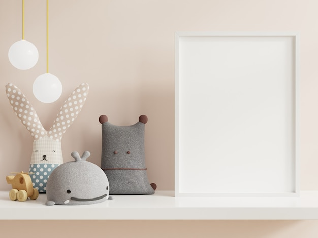 Simulacros de póster en el interior de la habitación infantil, carteles en la pared blanca vacía