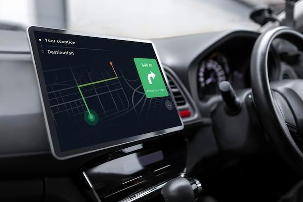 Sistema gps en un coche inteligente