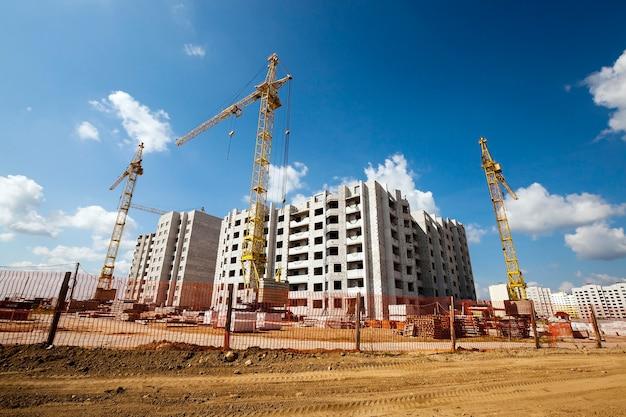 Sitio de construcción de construcción de edificios en el que construir edificios de gran altura