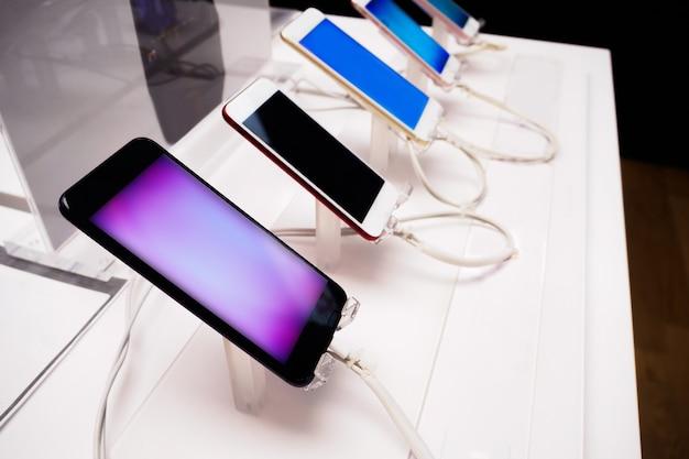 Smartphone móvil en tienda
