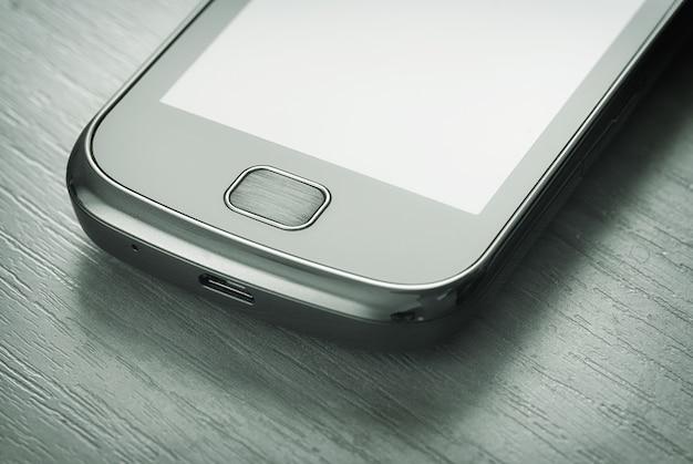 Smartphone sobre la mesa