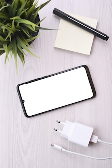 Smartphone de teléfono móvil con pantalla blanca