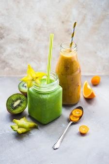 Smoothie verde saludable y delicioso