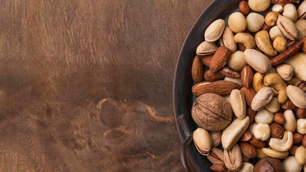 Snack de frutos secos orgánicos vista superior