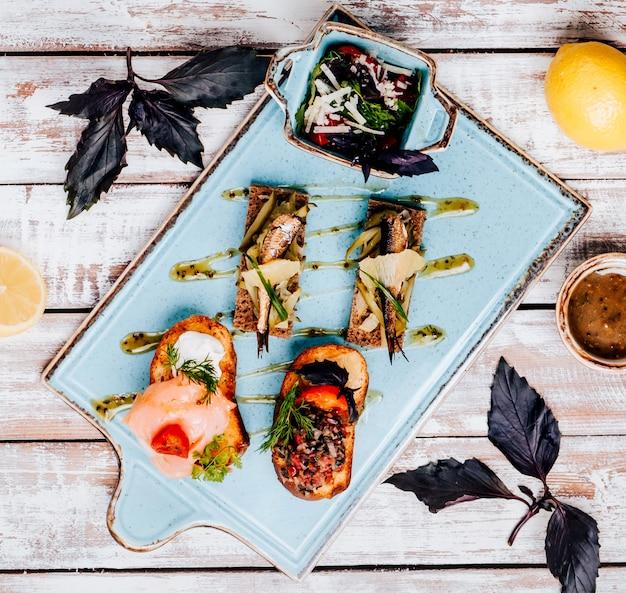 Snacks en la vista de la mesa