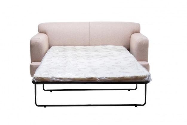 Sofá de tela gris moderno con colchón extendido para dormir aislado en blanco