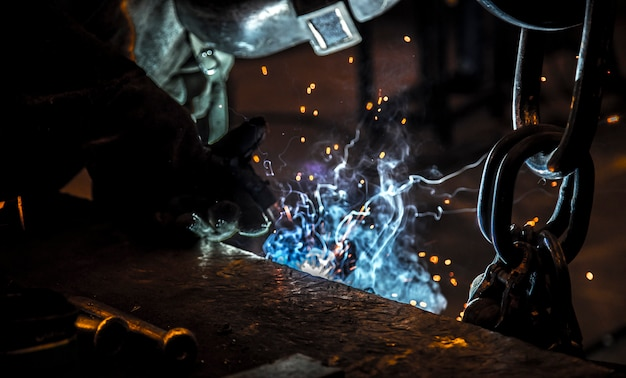 Soldadura soldadora industria del acero.