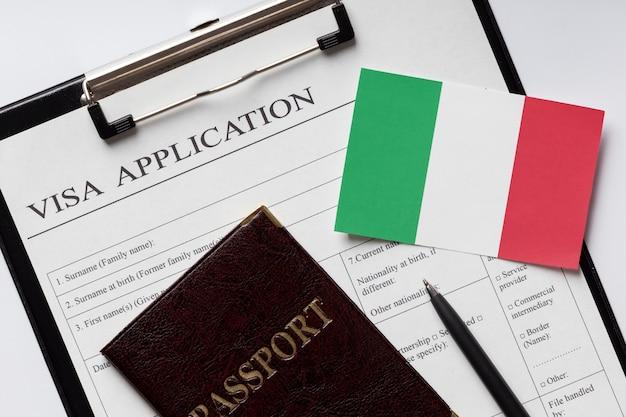 Solicitud de visa para el acuerdo de italia