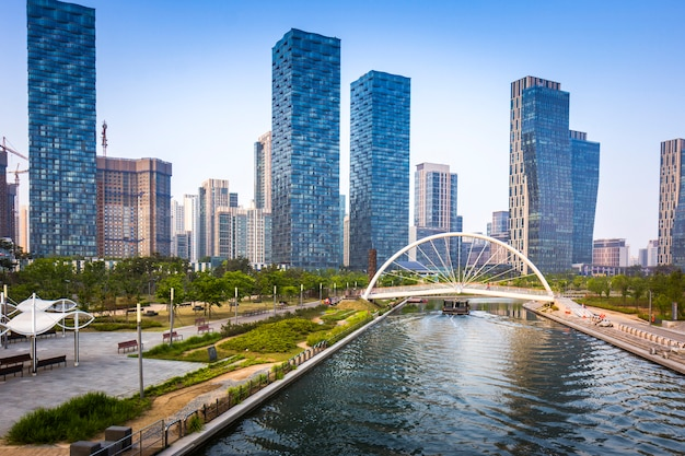 Songdo central park en songdo district, incheon corea del sur.