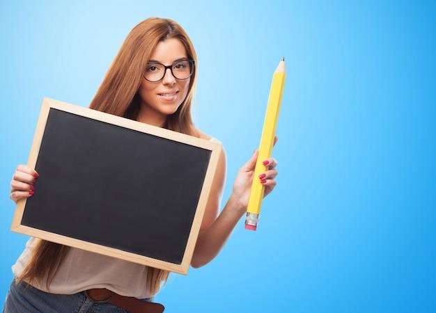 Sostiene que escriben los niños de estudiantes hispanos