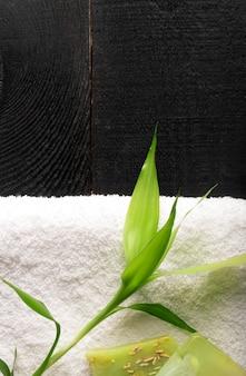 Spa bodegón con toalla