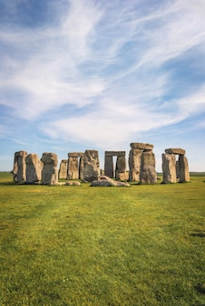 Stonehenge, un antiguo monumento de piedra prehistórico cerca de salisbury, reino unido, patrimonio de la humanidad por la unesco.