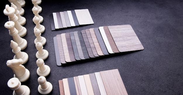 Suelo de textura de madera. muestras de baldosas de laminado y vinilo